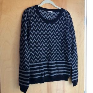 NWOT Joie gorgeous chevron print black sweater
